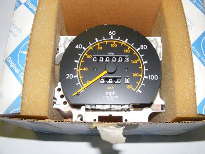 Picture of speedometer, 190D 2.2, 2015425006