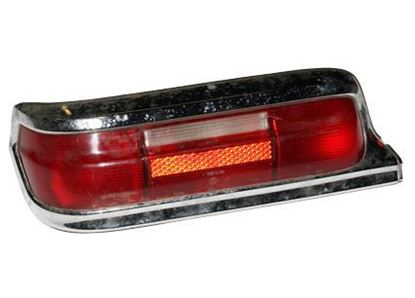 Picture of Mercedes tail light, 1008201064 -used